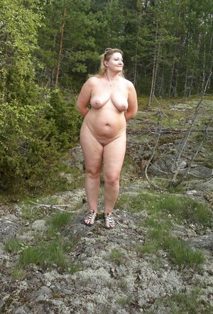 Naked and fat whore with sagging..