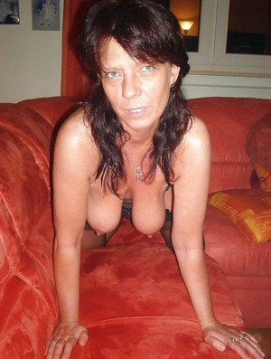 Amateur pictures with mature with..