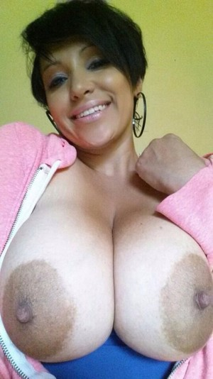 Huge boobs matures porn pictures,..