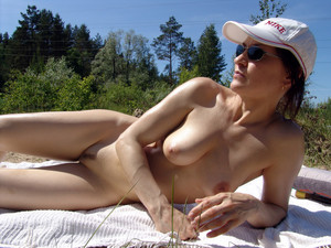 Naked women with big tits in anywhere,..