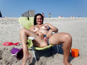 Beach porn photo with mature women
