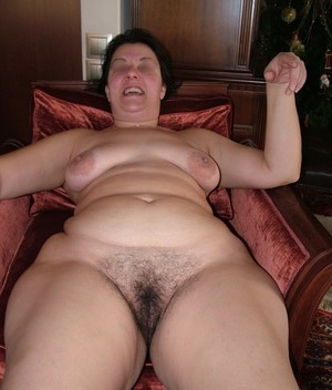 Hairy porn photo with mature women