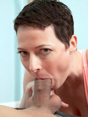 Short haired mature pornstar Kali..