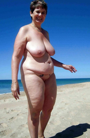 Czech mature woman with huge natural..