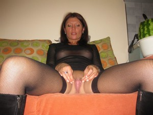 Sexy Fifty years milf with a great pussy