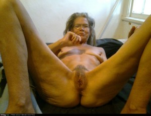 Ugly naked Granny mix-pics