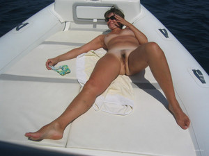 Hairy milf nude sunbathing oral and..