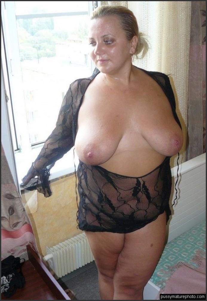 Teen huge tits