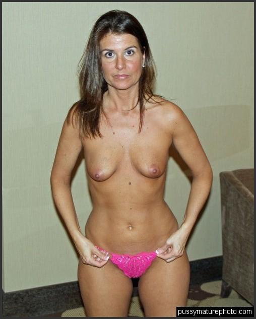 nackt im mittleren alter frauen amateur