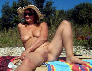 Outdoor public sex, sex on the beach,..