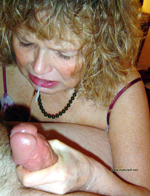 Blonde porn photo with mature women