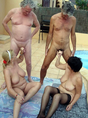 Mature couples change partners, sex on..