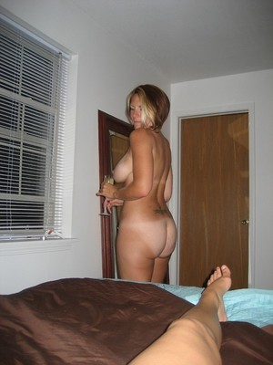 Big Ass porn photo with mature women
