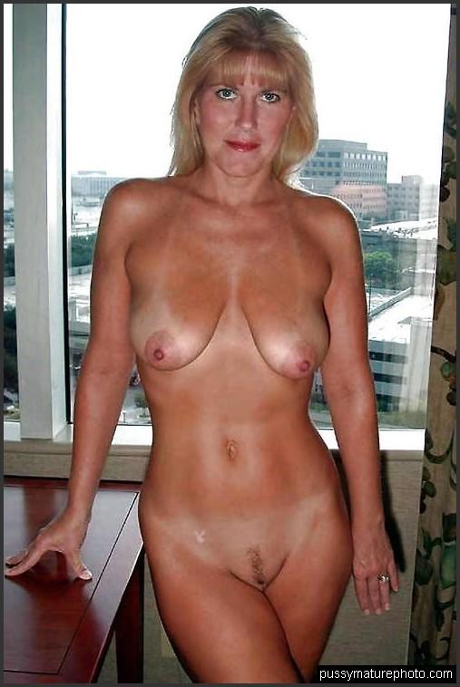 Alt frau nackt Nackte Frauen