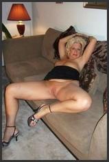 Dem oma nackt bett auf Mollige Oma