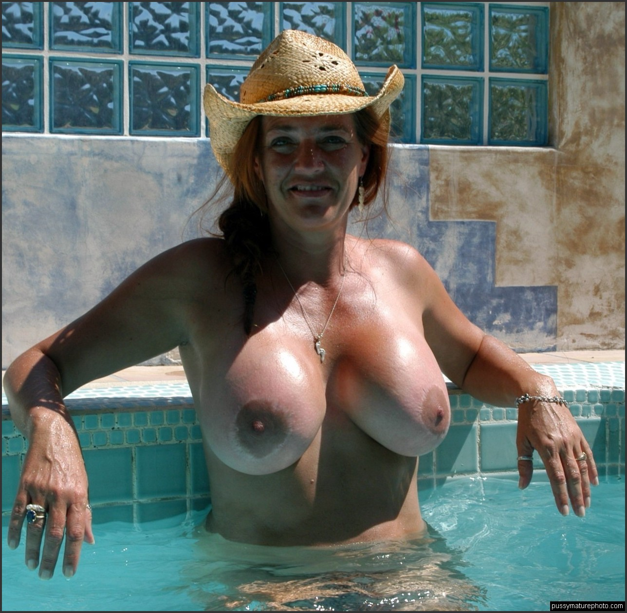 Caught in shower sex